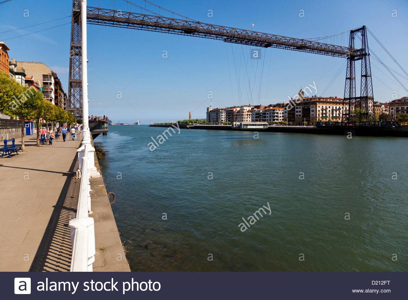 Puente Colgante, Puente Vizcaya Patrimonio de la Humanidad above the den Rio Nervion river connecting verbindet Stock Photo