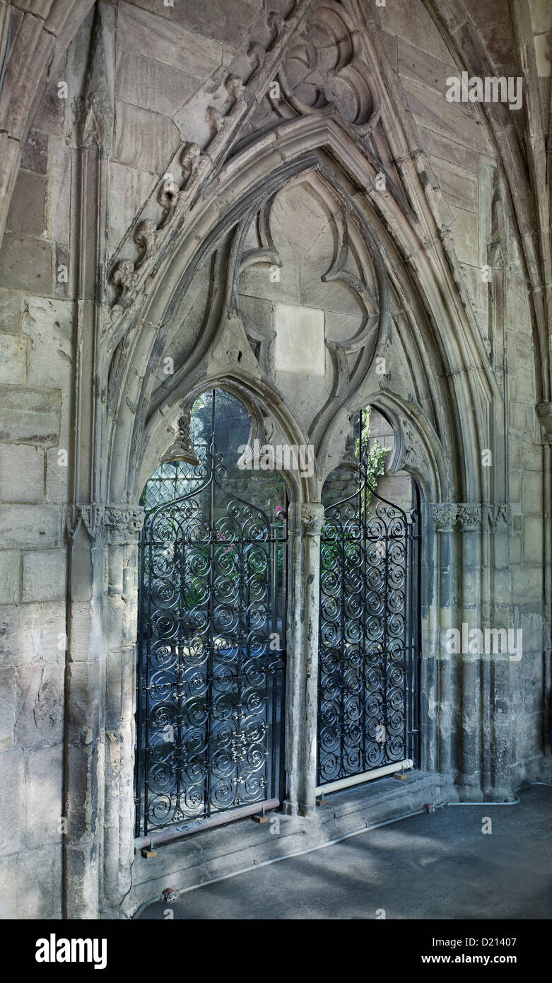 Hereford Cathedral door to Chapter House - Stock Image
