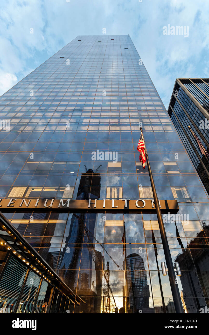 Freedom Tower with the Hilton sign, 1 WTC, Ground Zero, Lower Manhattan, New York City, New York, USA - Stock Image