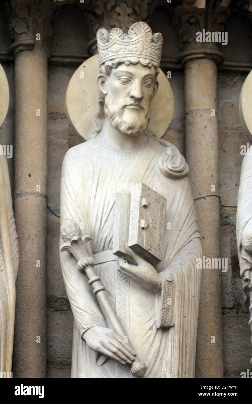King Solomon, Notre Dame Cathedral, Paris, Portal of St. Anne Stock Photo