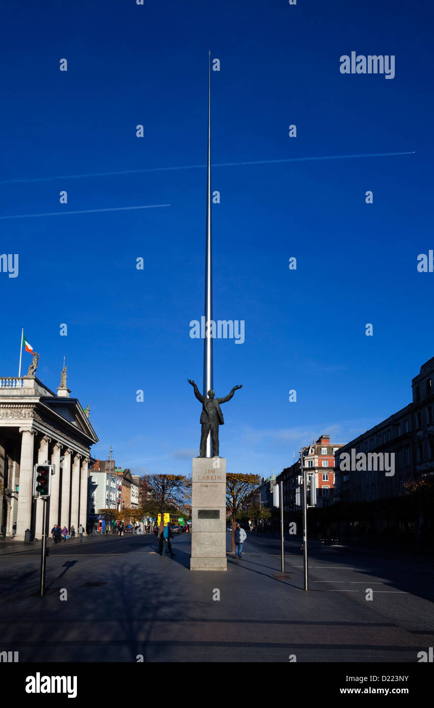 Jim Larkin Statue and Spire of Dublin, 'Monument of Light', Near GPO, O'Connell Street in Dublin, Ireland. - Stock Image