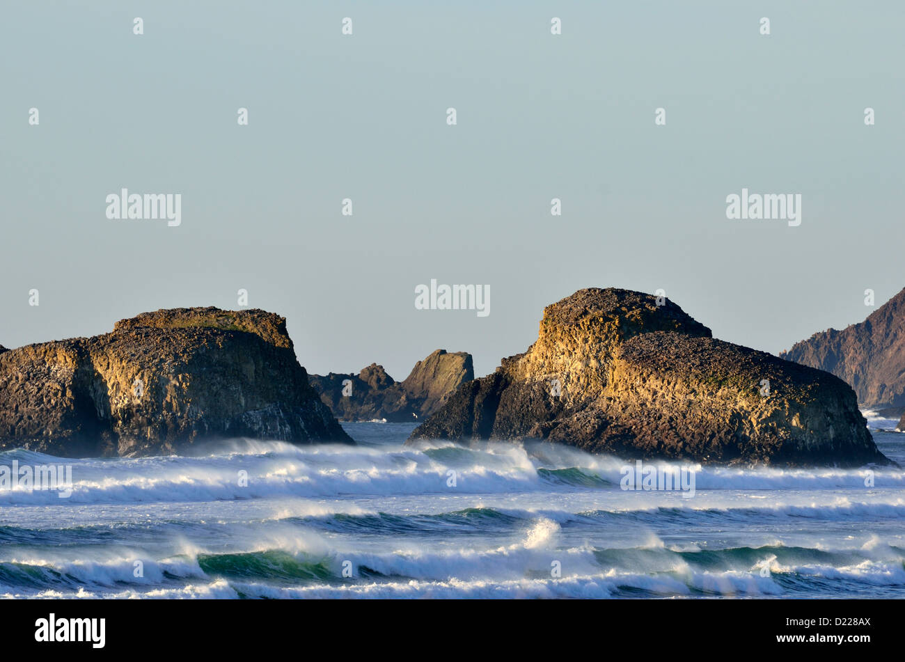 Off-shore rocks and waves at Cannon Beach, OR 130102_x0979 - Stock Image