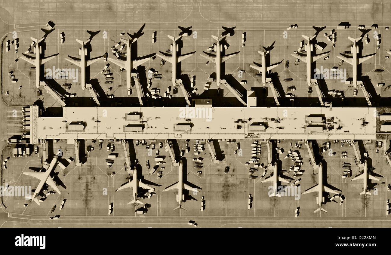 aerial photograph jets parked at terminal areas Hartsfield Jackson Atlanta International airport, Georgia - Stock Image
