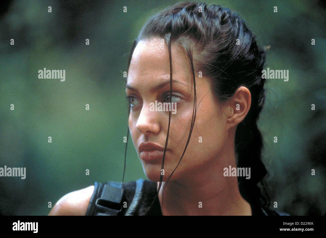Lara Croft: Tomb Raider   Lara Croft: Tomb Raider   Lara Croft (Angelina Jolie) *** Local Caption *** 2001  Concorde - Stock Image