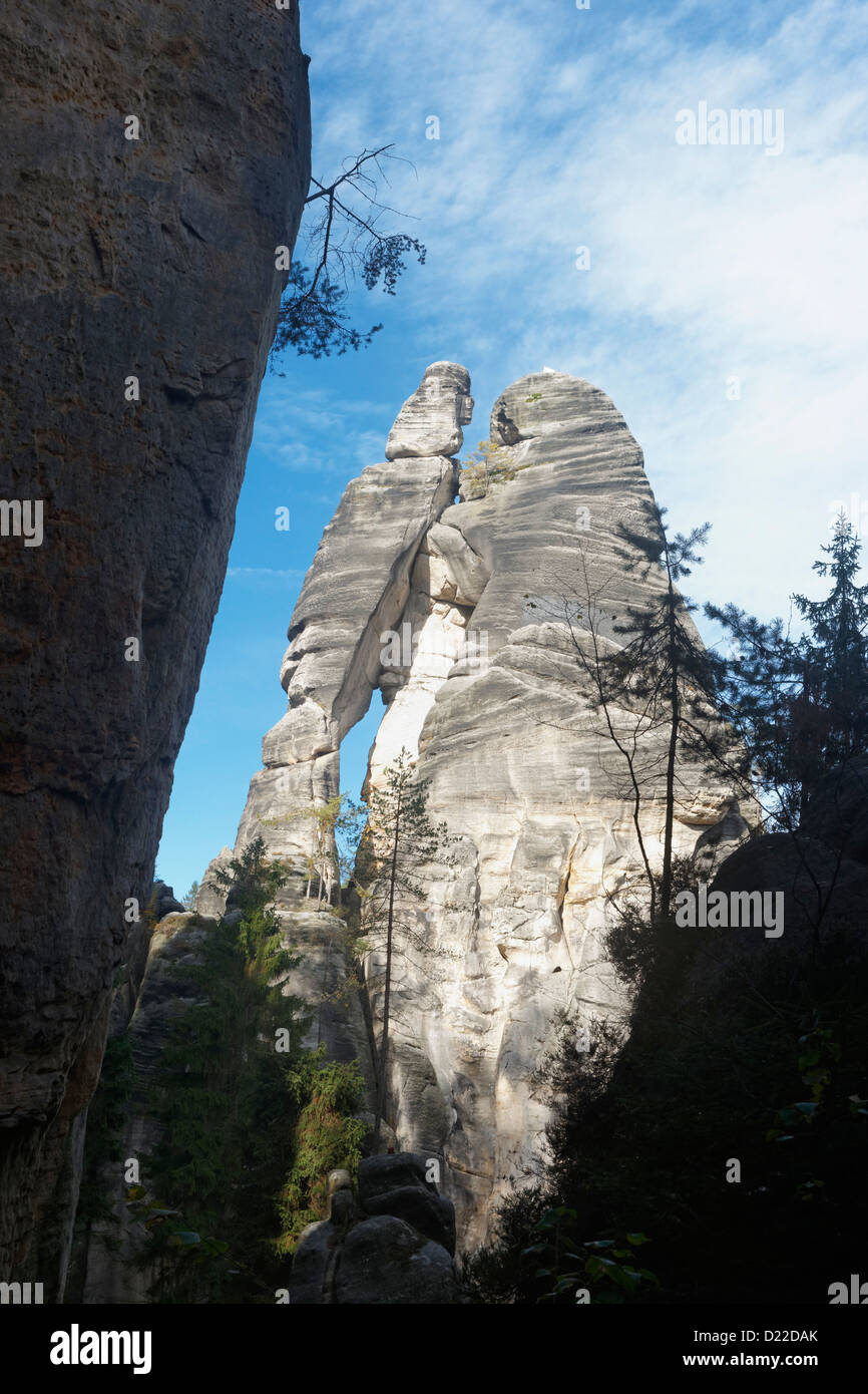 Milenci (The Lovers) Rock formation, Adrspach Rocks, East Bohemia, Czech Republic - Stock Image