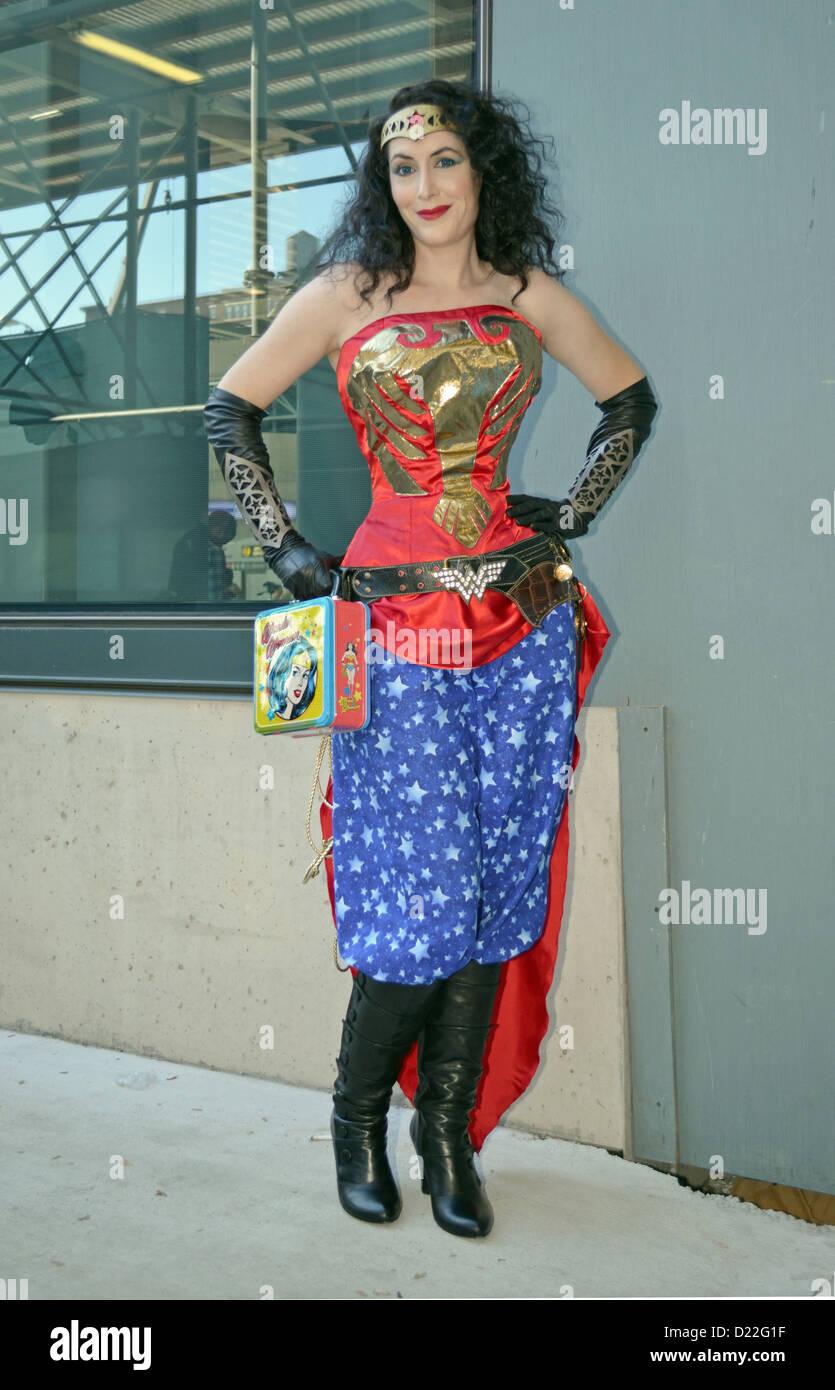 ComicCon NYC 2012 Aleta Pardalis dressed as Wonder Woman - Stock Image