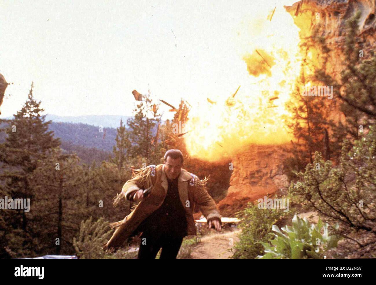 Auf Brennendem Eis  On Deadly Ground  Steven Seagal Als Taft (Steven Seagal) sich auf die Seite der Umweltschuetzer Stock Photo