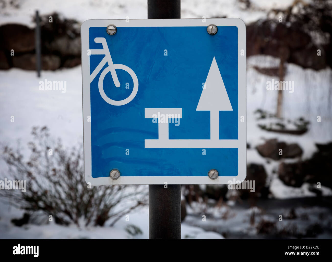 Sign showing resting place for cyclists - Stock Image