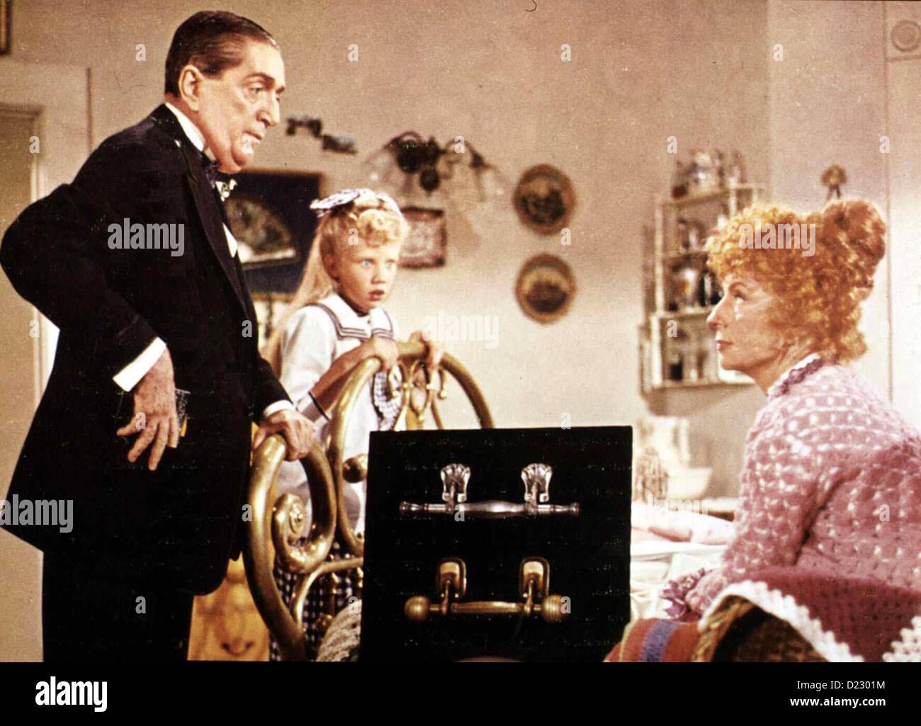 Alle Lieben Pollyanna  Pollyanna  Mr. Murg (Gage Clark), Pollyanna (Hayley Mills), Mrs.Snow (Agnes Moorhead) *** - Stock Image