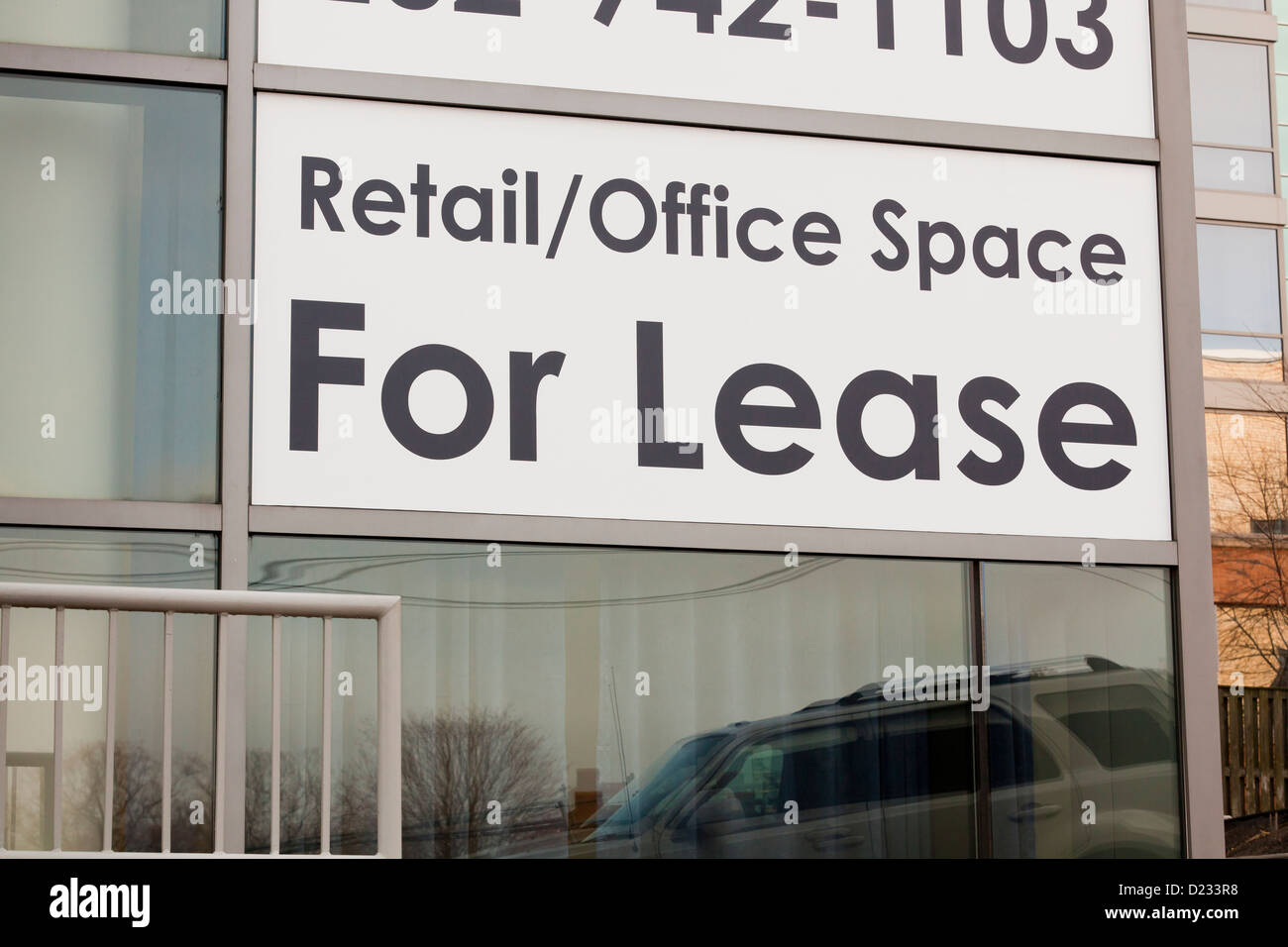 Retail / Office space for lease sign - Stock Image