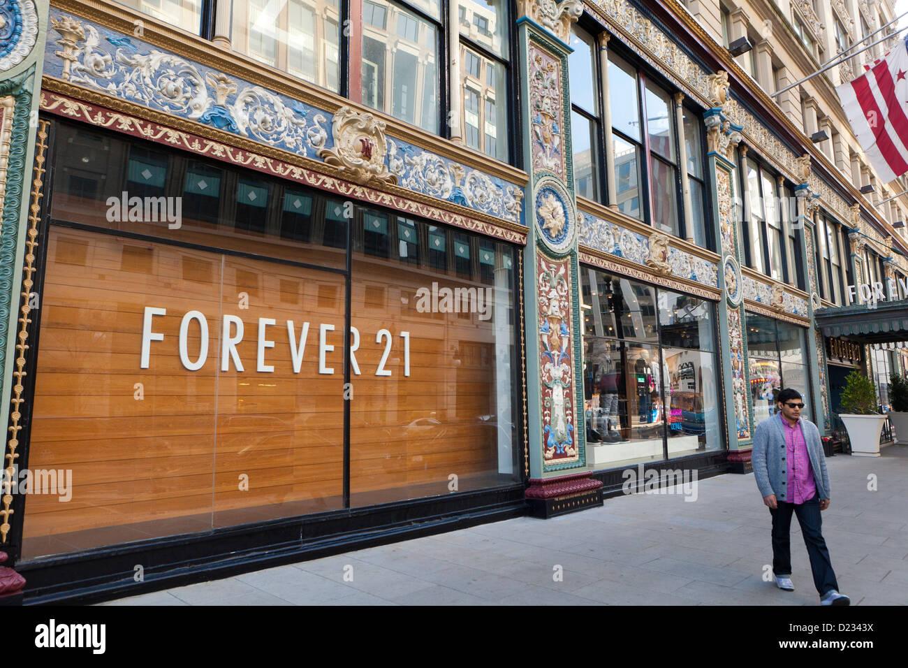 Forever 21 storefront - Washington, DC - Stock Image