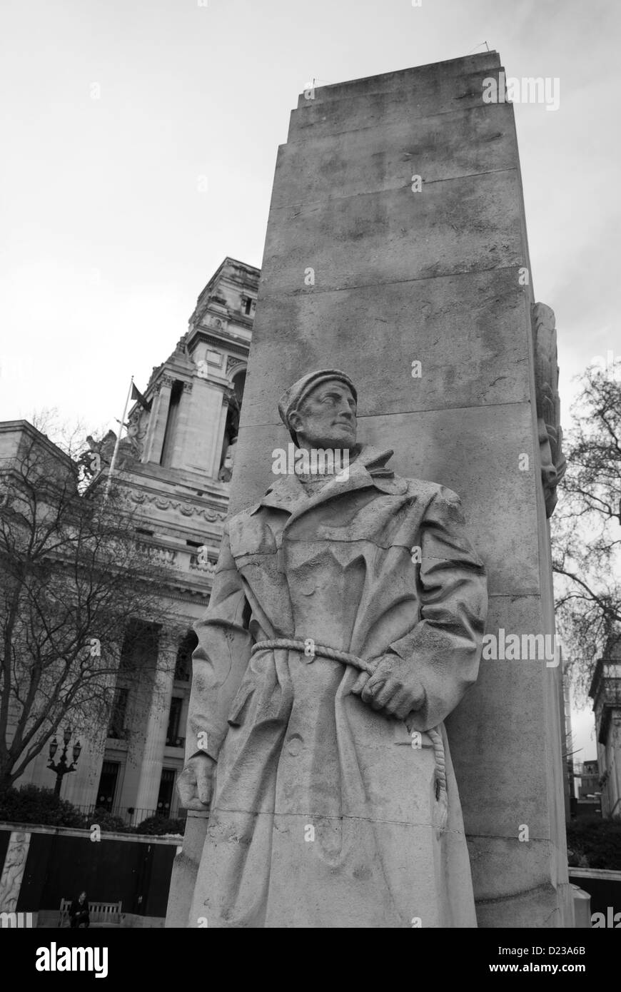 Merchant Navy statue at Trinity Square memorial in City of London - Stock Image