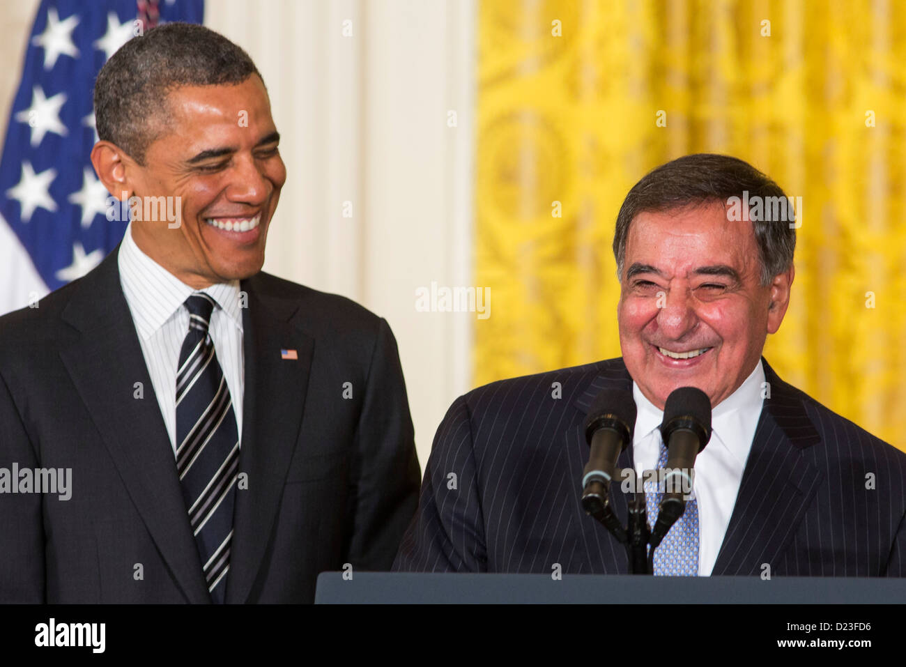 President Barack Obama and outgoing Secretary of Defense Leon Panetta. - Stock Image