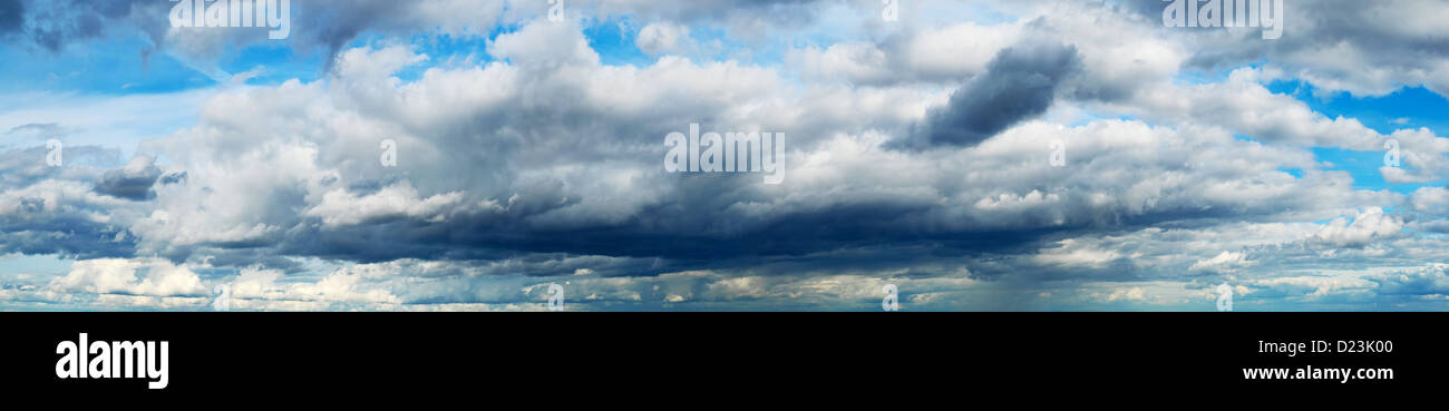 Rain will begin soon. Panorama with a rainy cloud - Stock Image