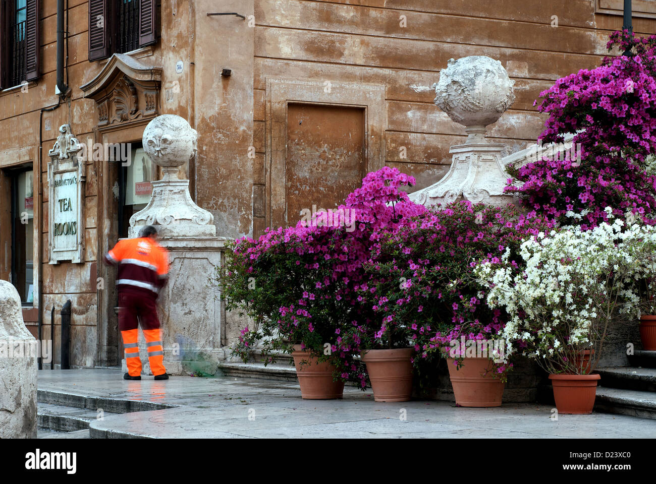 Rome, Italy, the city cleaning cleans the Piazza di Spagna Stock Photo
