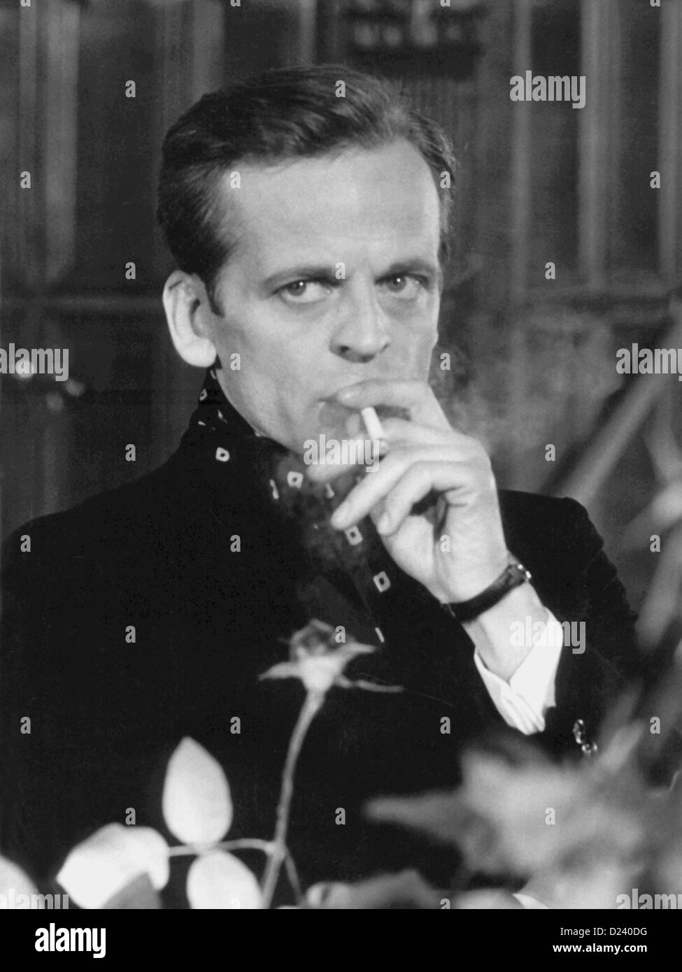 (dpa files) - German actor Klaus Kinski in a movie scene of the Edgar Wallace film 'A doppia faccia' ('Double Face'), 1969. An 'enfant terrible' of the film industry, Kinski's films include 'Buddy Buddy', 'For a Few Dollars More', as well as 'Aguirre, der Zorn Gottes' ('Aguirre: The Wrath of God') and 'Nosferatu: Phantom der Nacht' ('Nosferatu the Vampire'). Kinski was born on 18 October 1926 in Danzig, Germany (now Gdansk, Poland) under the name of Nikolaus Guenther Nakszynski and died on 23 November 1991 in Lagunitas, California, of a heart attack. Stock Photo