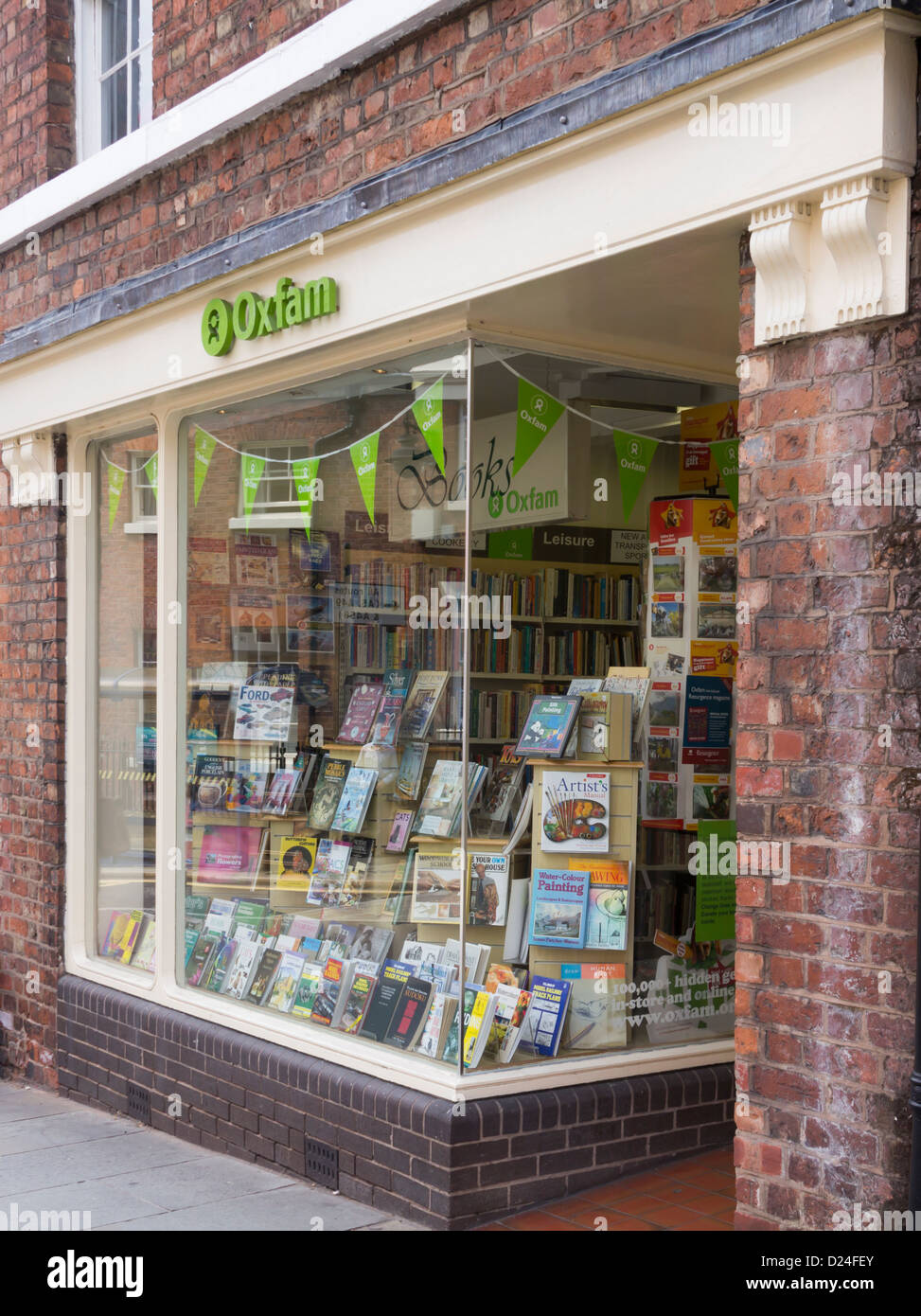 The Oxfam charity bookshop on Dogpole Shrewsbury, one of 150  specialist secondhand book sellers. run by Oxfam. - Stock Image