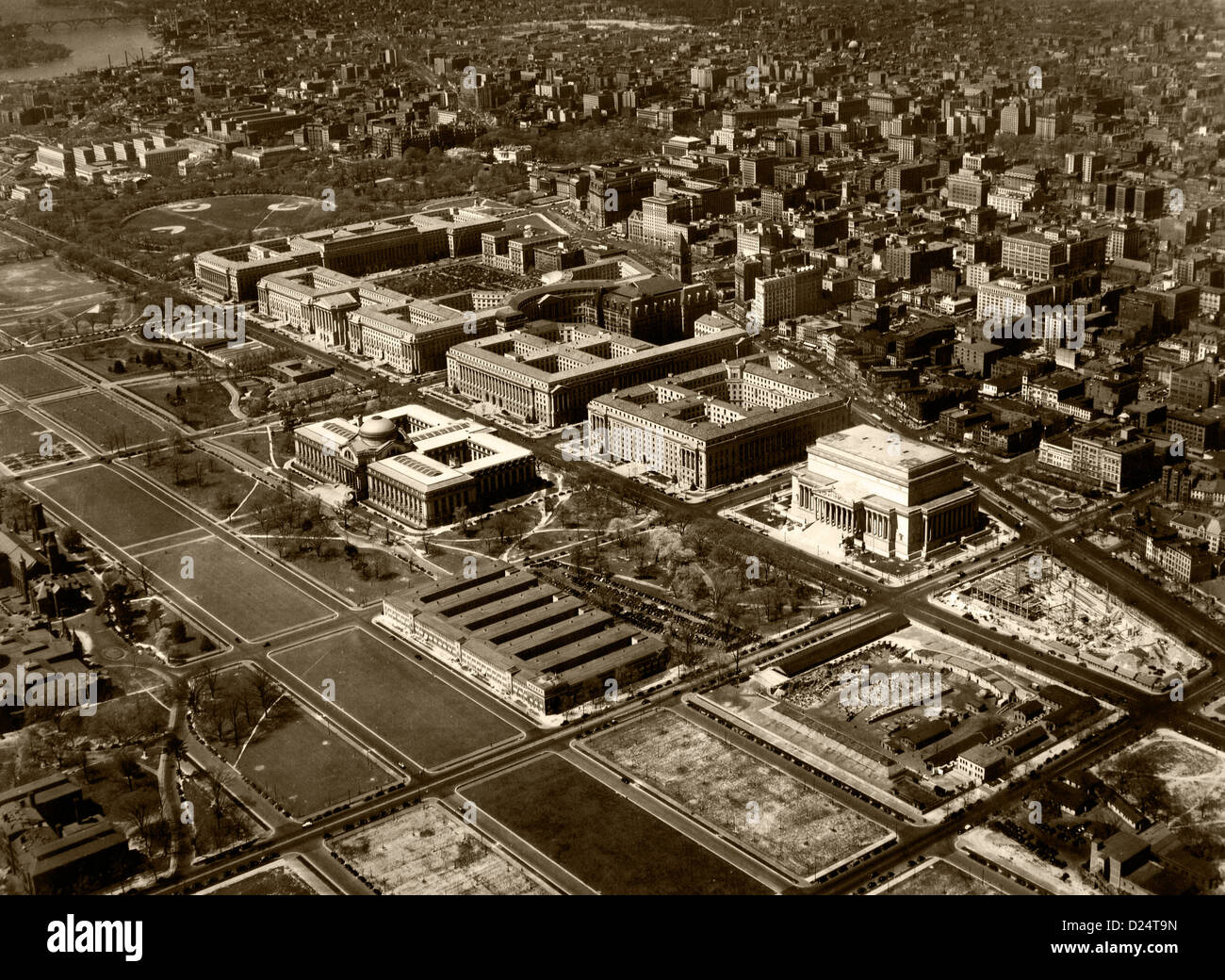 historical aerial photograph Federal Triangle, Washington, DC, 1937 - Stock Image