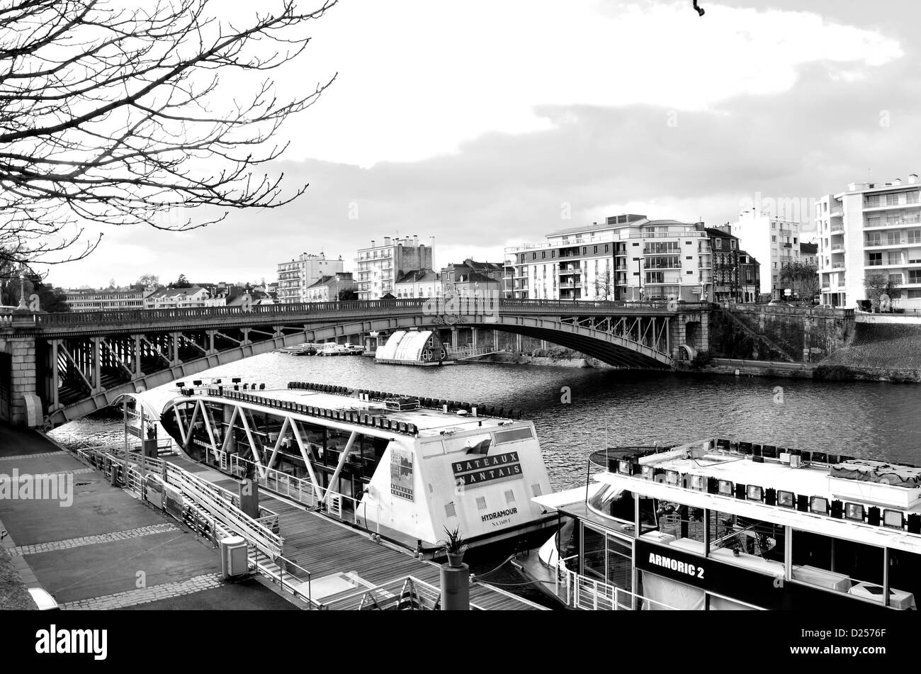 The localy famous bridge 'Motte Rouge' in Nantes, France. - Stock Image