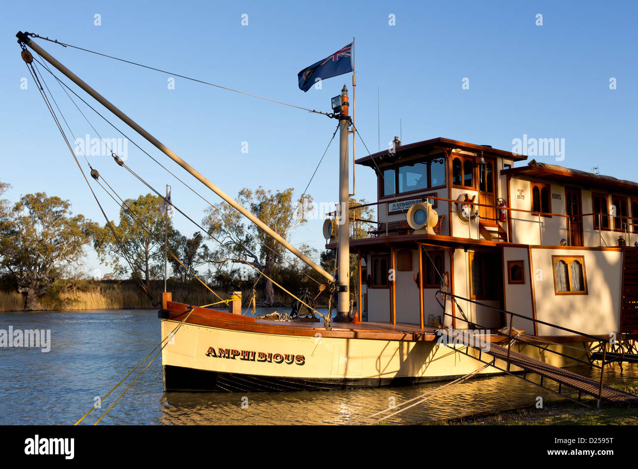 PB Amphibious side wheeler paddle boat moored on the Darling River at Wentworth. - Stock Image