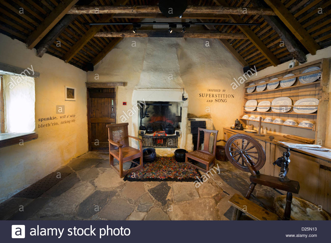 Interior of Burns Cottage, the first home of Robert Burns, Scotland's national poet in Alloway, Ayrshire. - Stock Image