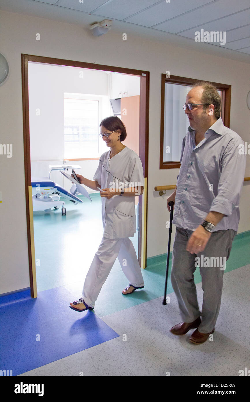 MULTIPLE SCLEROSIS, CONSULTATION - Stock Image