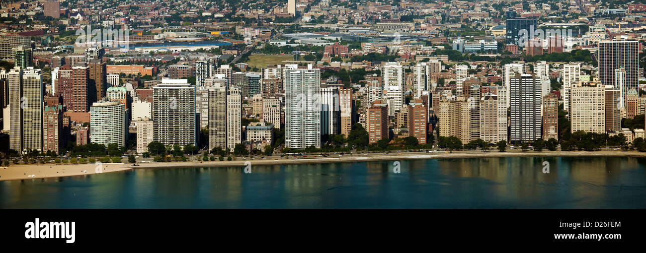 aerial photograph highrise apartment towers northern waterfront Chicago, Illinois - Stock Image