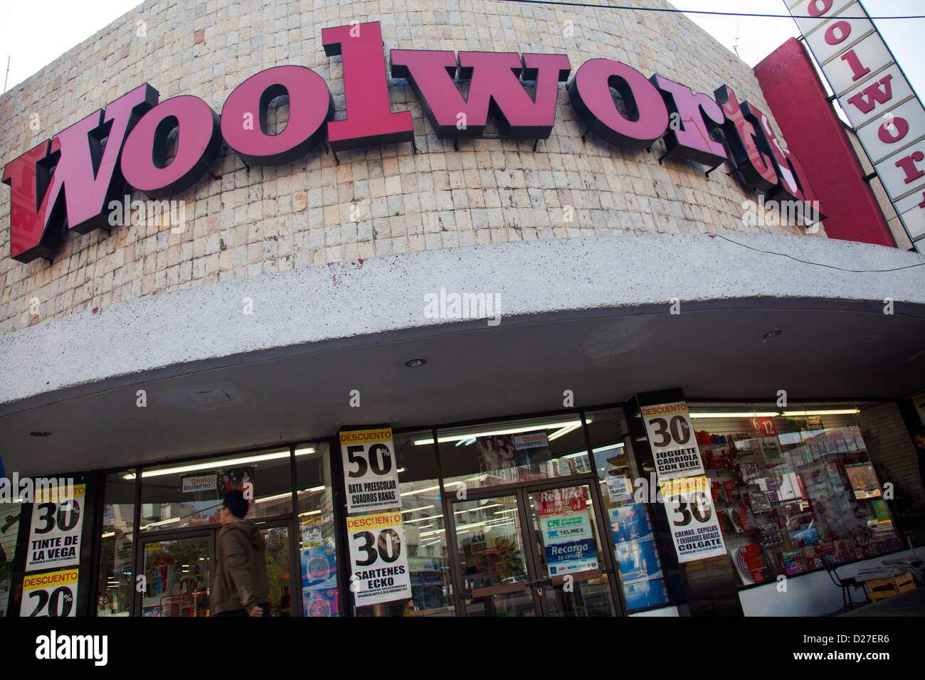 Woolworths store in Mexico City (Border of Roma and Condesa Stock ... 89b57106e50