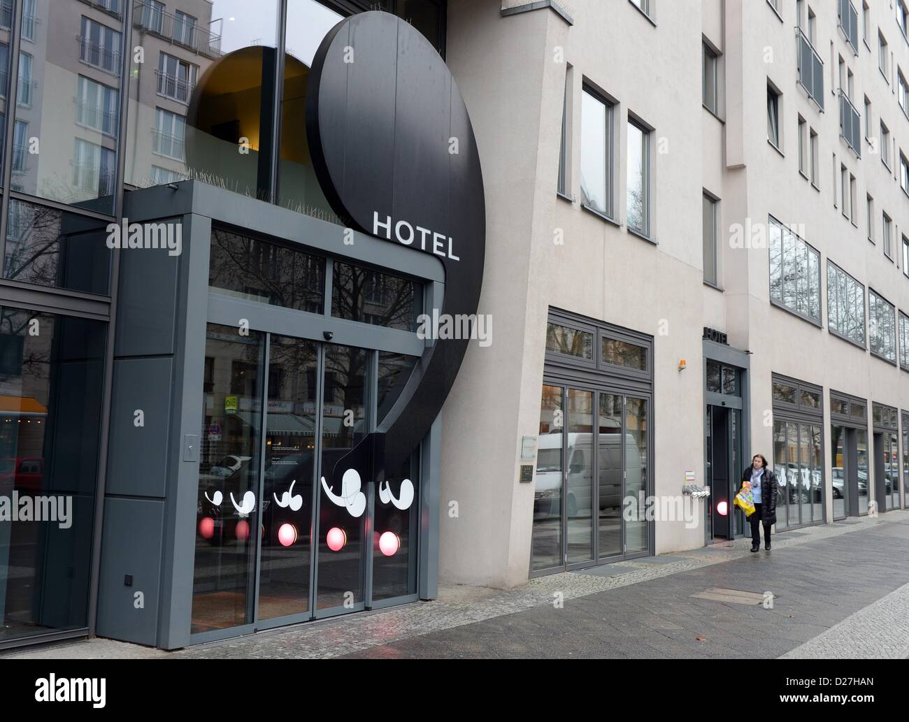 view on the hotel ku 39 damm 101 at kurf rstendamm in berlin germany stock photo 53027709 alamy. Black Bedroom Furniture Sets. Home Design Ideas