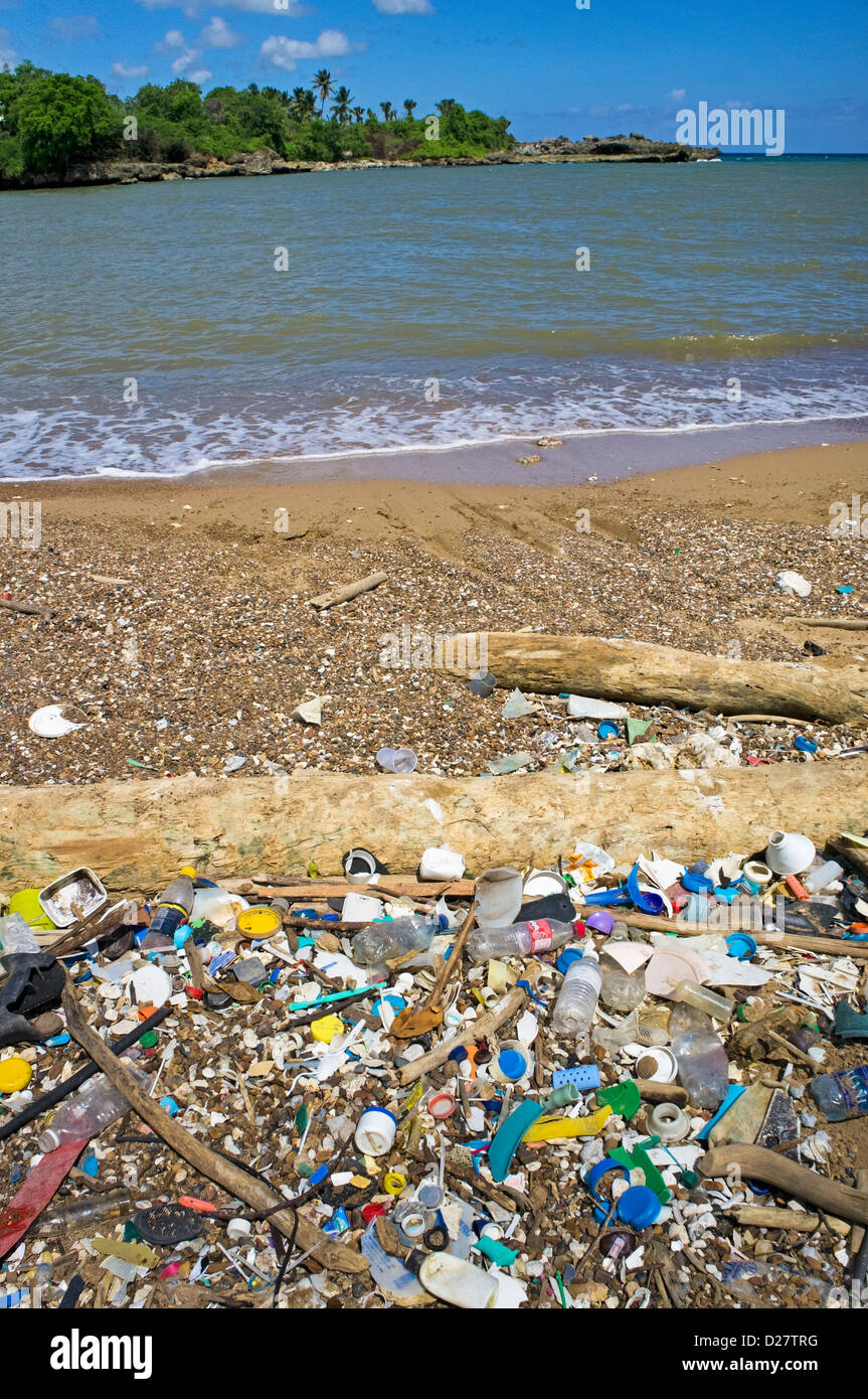 Trash, plastic bottles and rubbish on a beach at Boca de Yuma, Dominican Republic, Caribbean - Stock Image