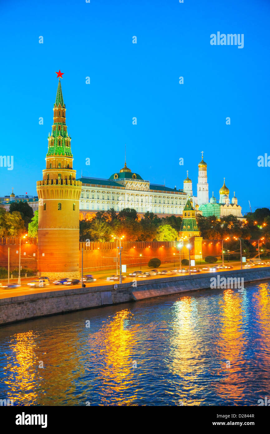 Overview of downtown Moscow with Krenlin at night time - Stock Image