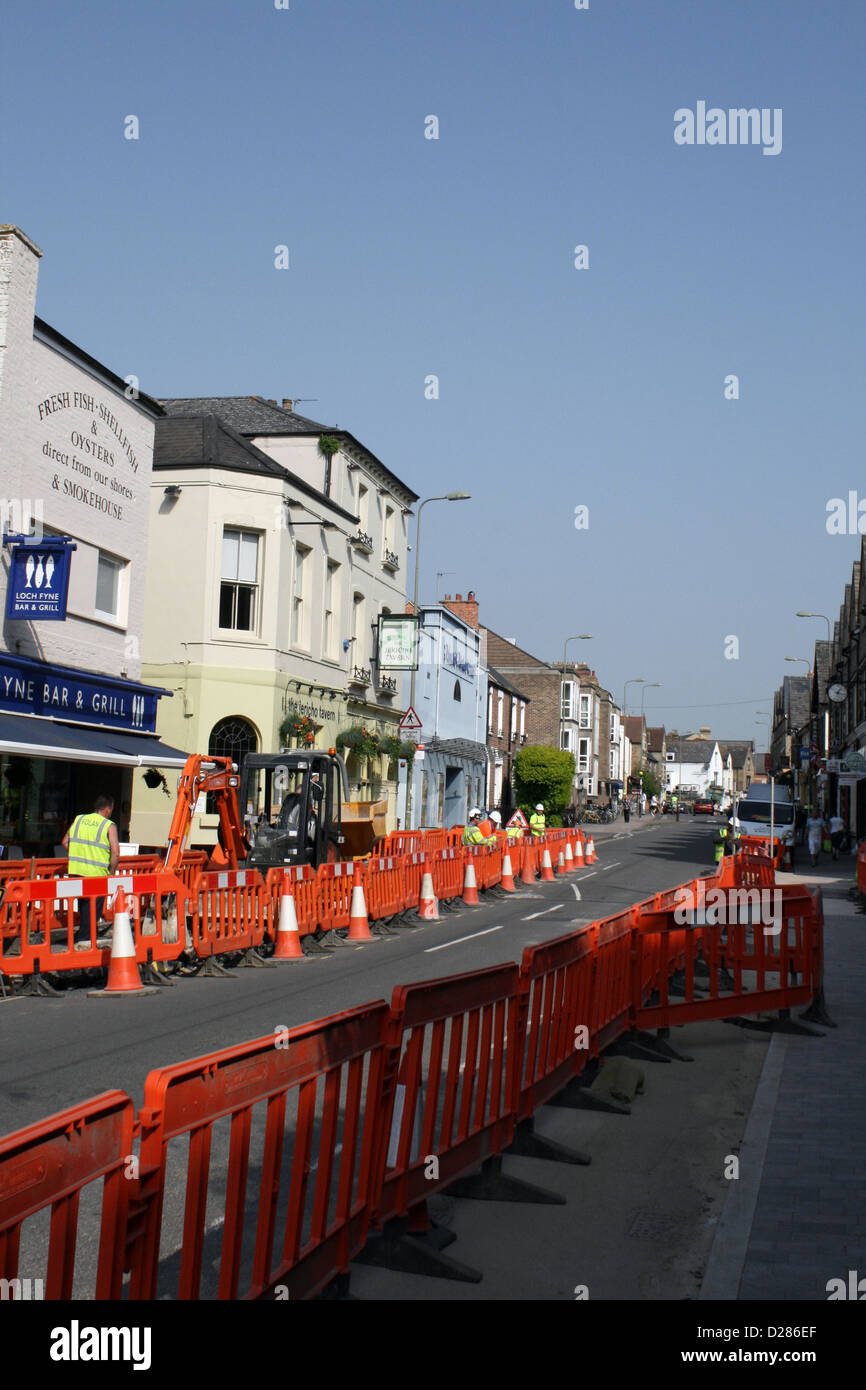 Walton Street, Oxford traffic control and road works in May - Stock Image