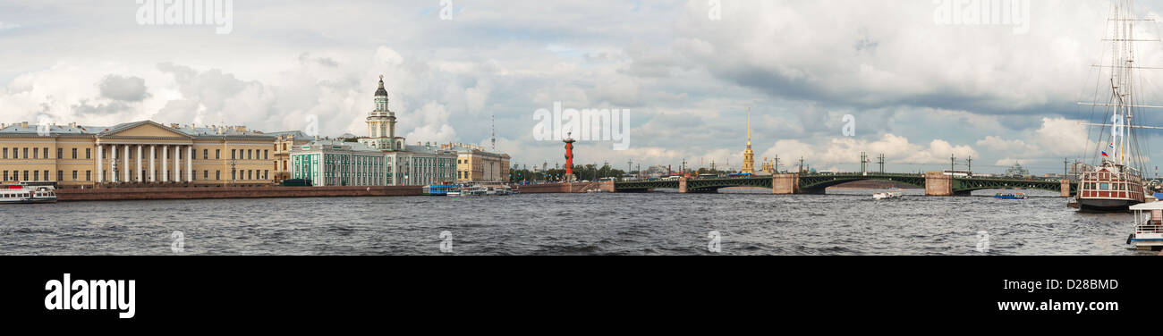 Panoramic overview of Saint Petersburg, Russia with Neva river - Stock Image