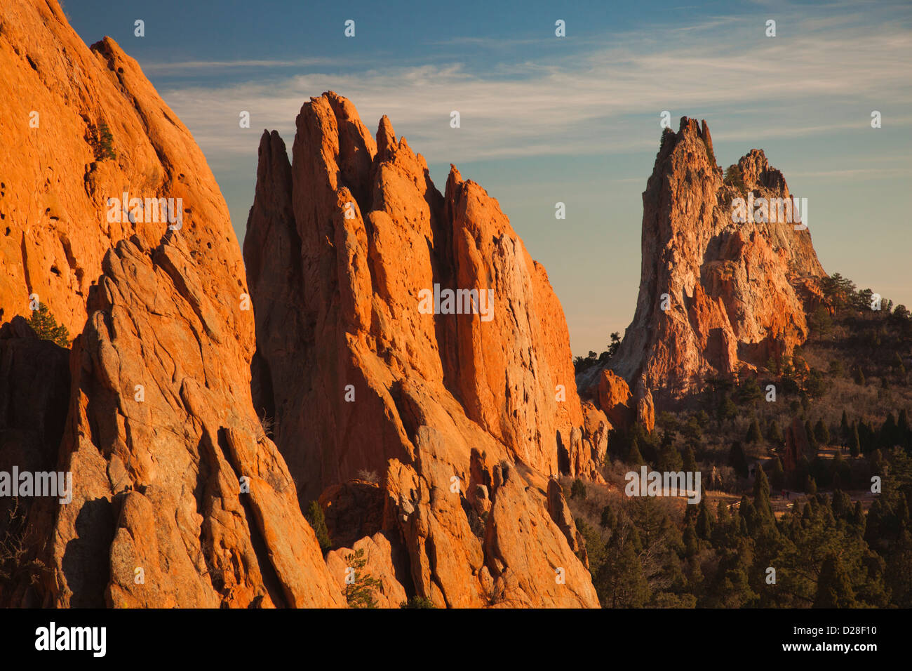 USA, Colorado, Colorado Springs, Garden of the Gods, rock formations at sunset - Stock Image