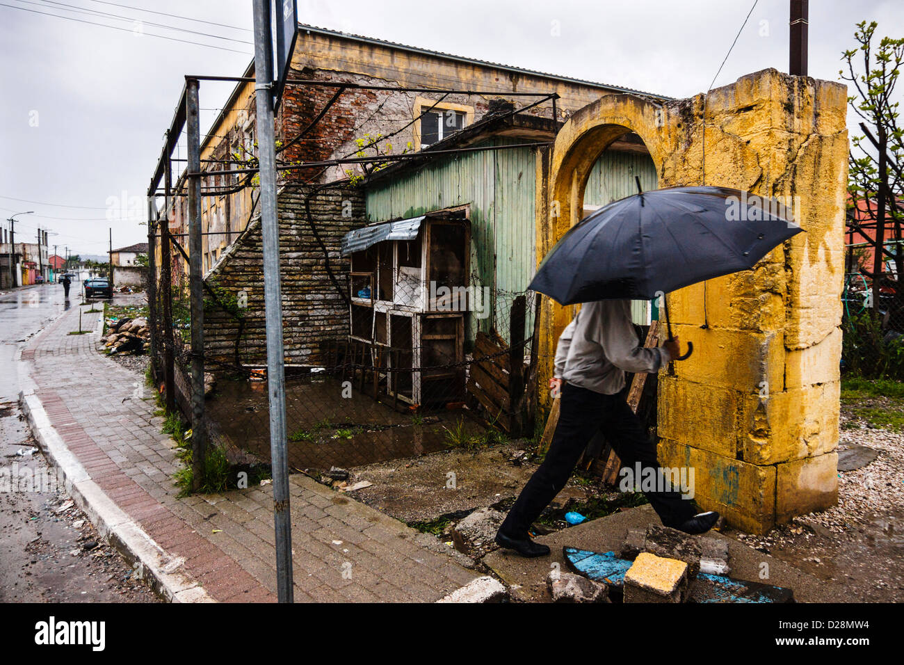 Kiras, the quarter of the blood. A wall has been built to protect families living under the threat of Kanun Blood - Stock Image