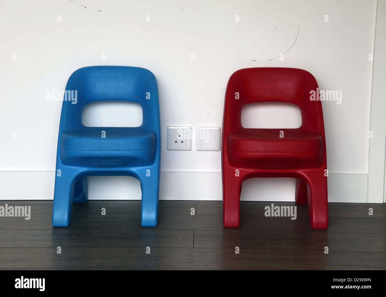 Tremendous Its A Photo Of 2 Kids Chairs Side By Side Along A White Pabps2019 Chair Design Images Pabps2019Com