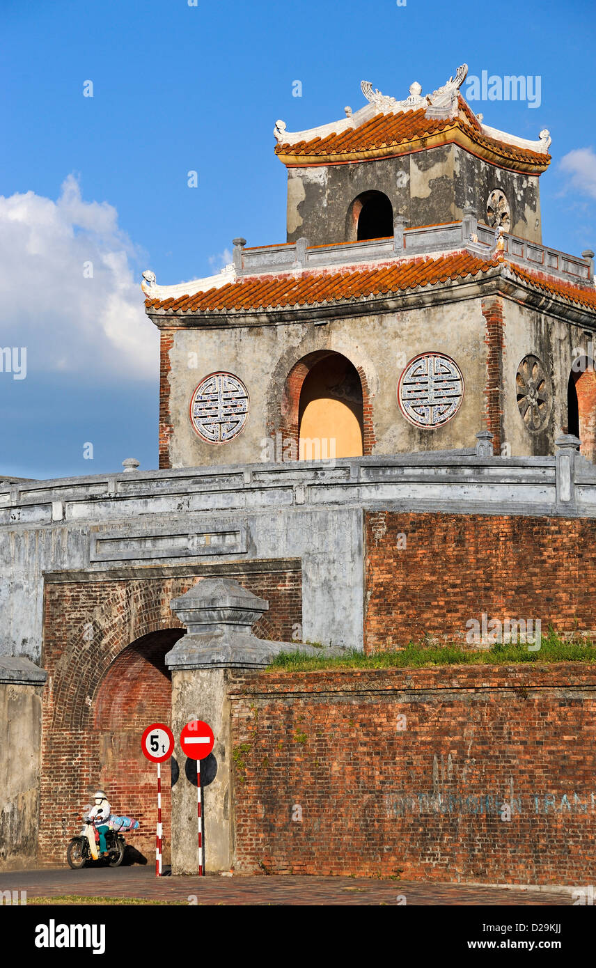Entrance gate to the Citadel, Hue, Vietnam - Stock Image