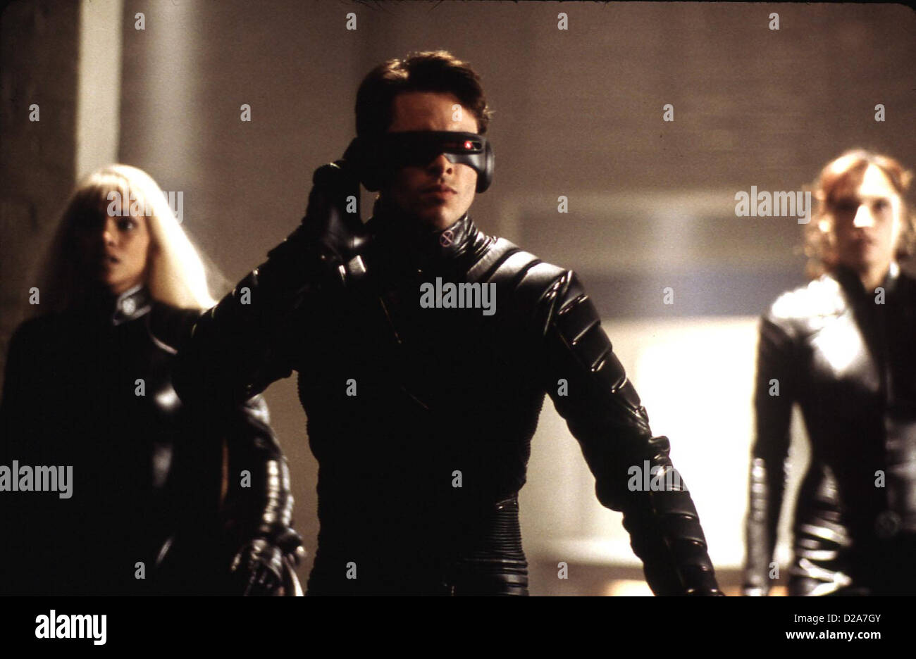 070e293c2f X-Men X-Men Storm (Halle Berry)