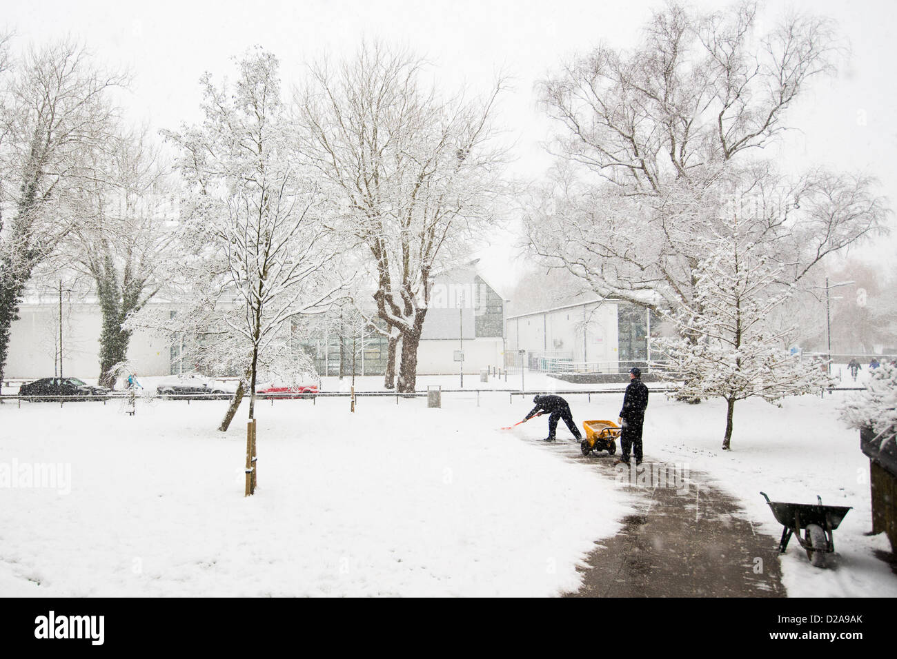 Winchester, UK. 18th January 2013. Pretty scenes result from heavy snowfall as cold weather continues in Winchester. - Stock Image