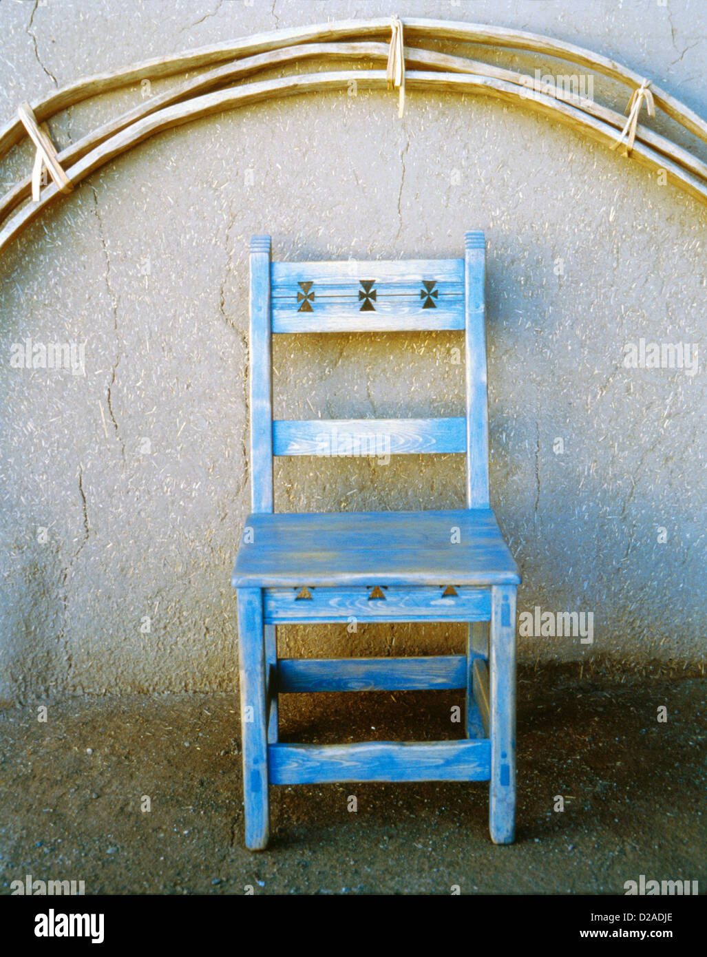 New Mexico, Taos. Chair By Greg Flores. - Stock Image