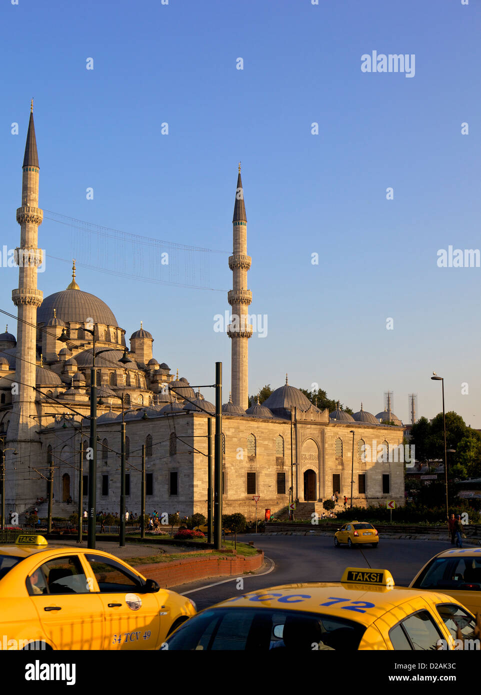 The Yeni Camii, or New Mosque, in Istanbul, Turkey, Eurasia - Stock Image