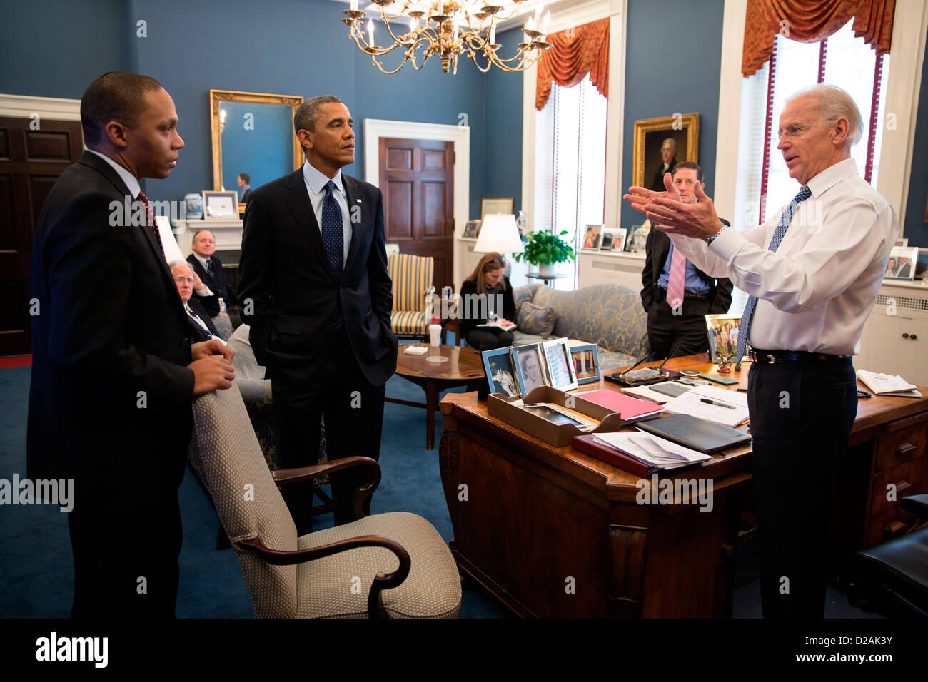 US Vice President Joe Biden talks with President Barack Obama and Rob Nabors, Assistant to the President for Legislative Stock Photo