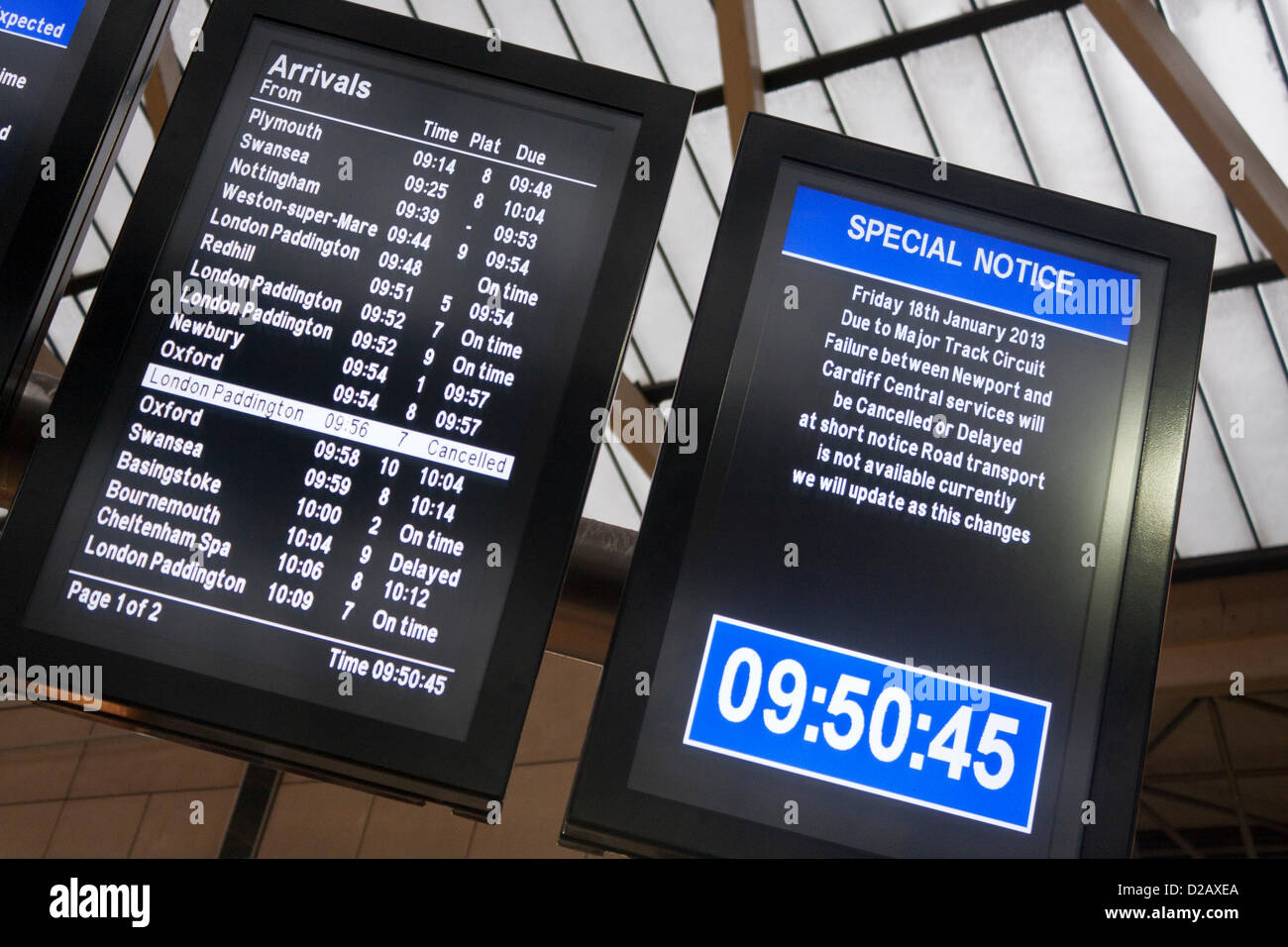 18th January 2013. Reading, Berkshire, UK. Electronic noticeboards at the town's central train station advise - Stock Image