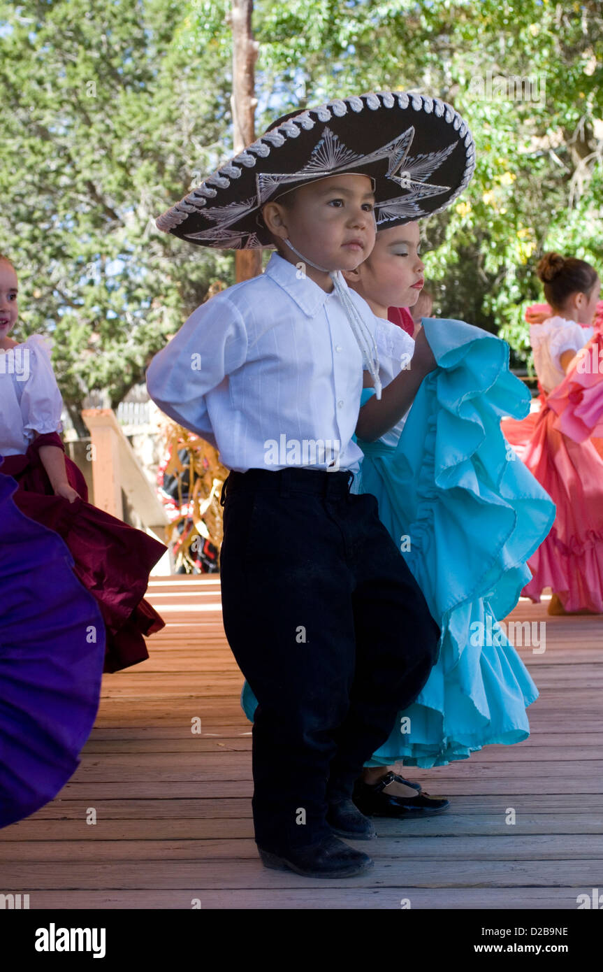 Mexican Folk Dancers El Rancho De Las Golondrinas That Is Living History Museum 18Th Century Spanish Colonial New - Stock Image