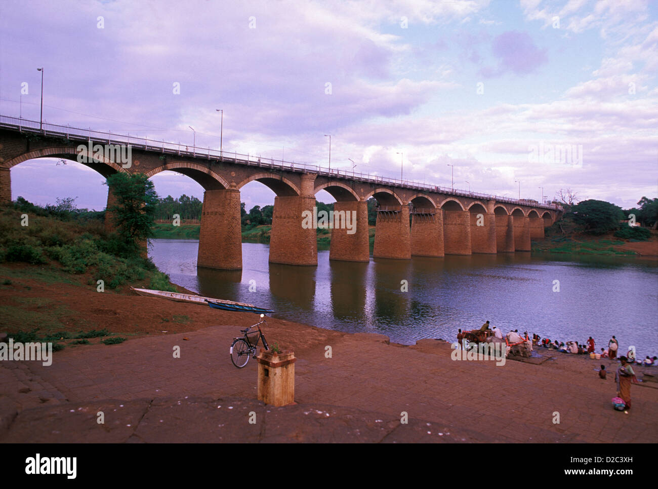 India, Andhra Pradesh. Bridge On The River Krishna - Stock Image