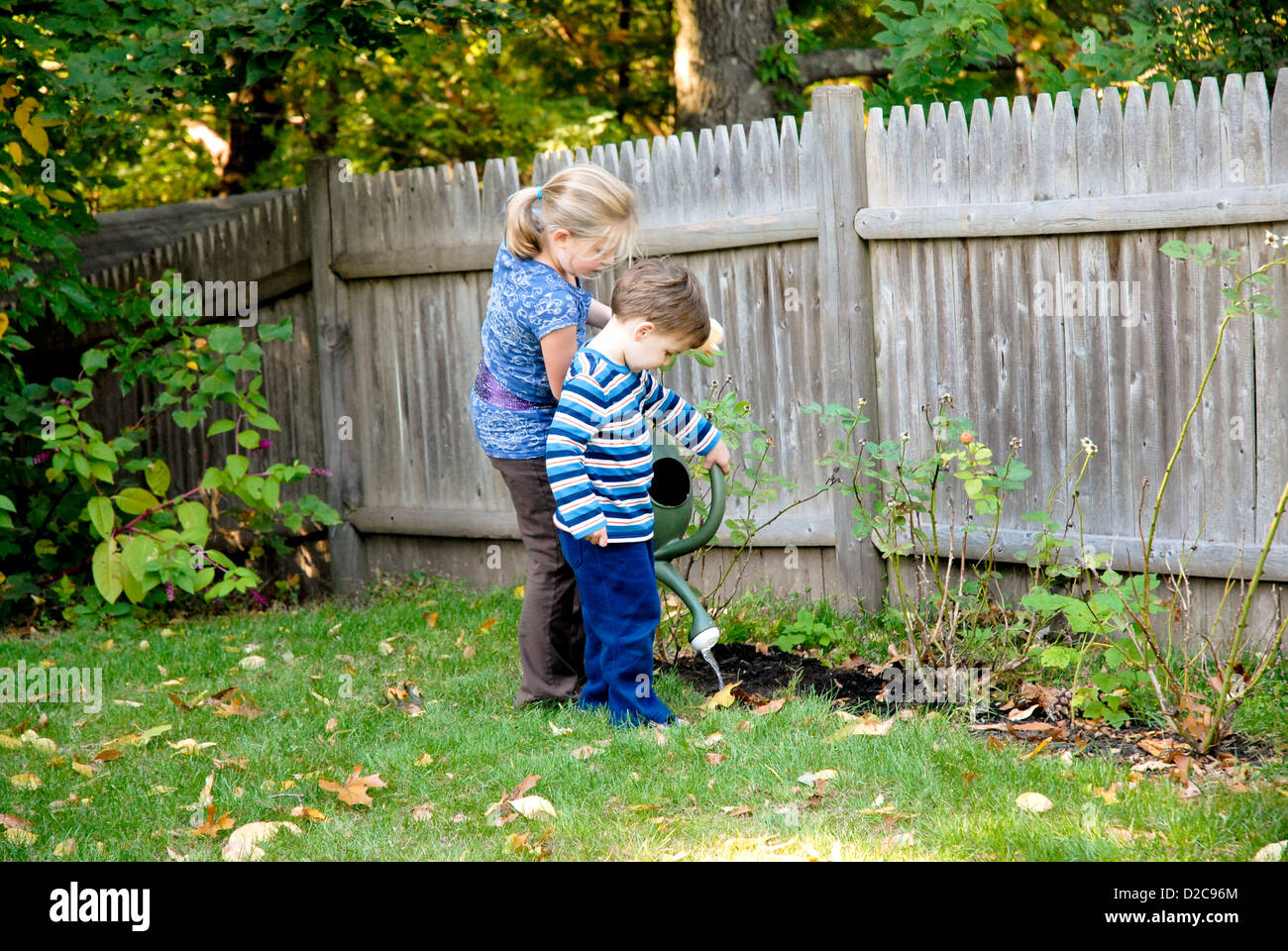 7-Year Old Girl And 2-Year Old Boy, Winchester, Massachusetts - Stock Image