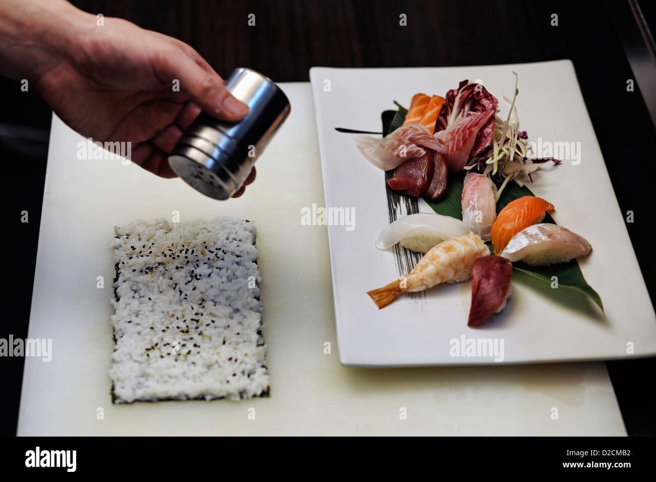 Carte Black Cmb.Japanese Restaurant Boat Stock Photos Japanese Restaurant Boat