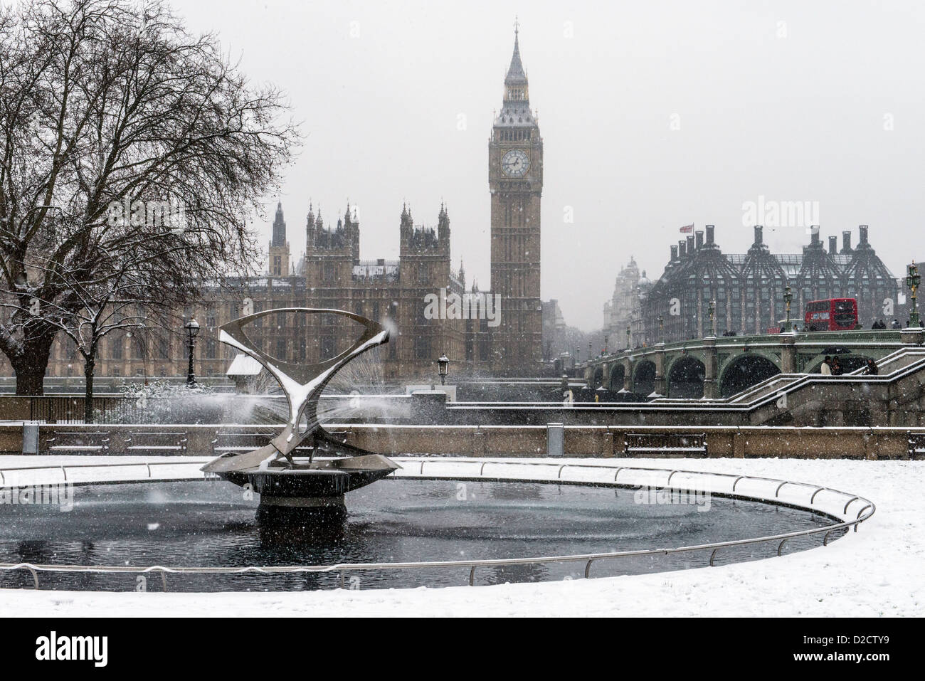 does it snow in london england