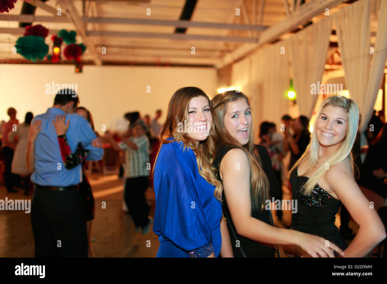 64feaf166 Teenage girls dancing at birthday party Stock Photo  53150289 - Alamy