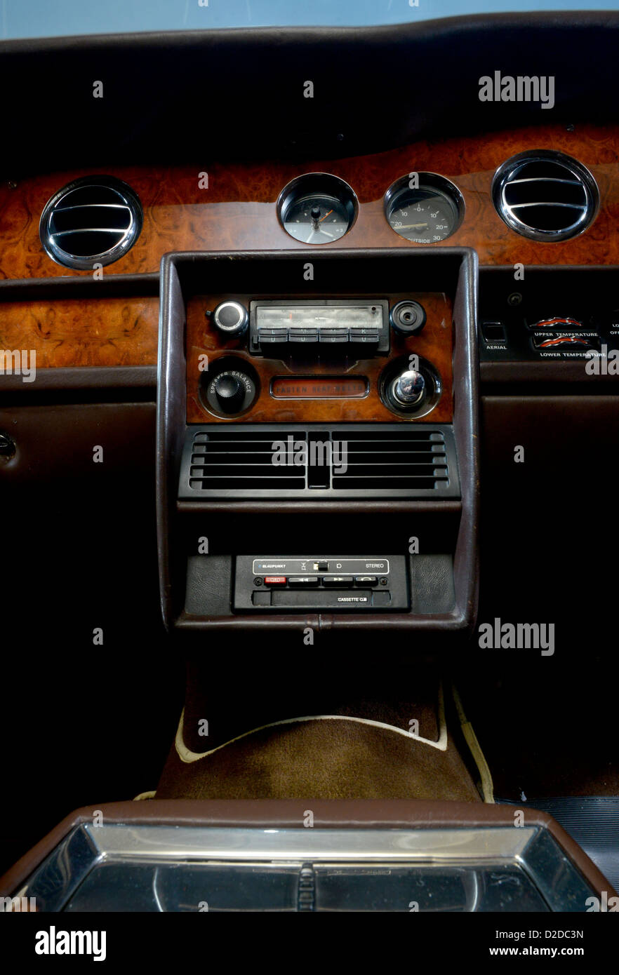 1978 Rolls Royce Silver Shadow II Classic Luxury Car Interior   Stock Image